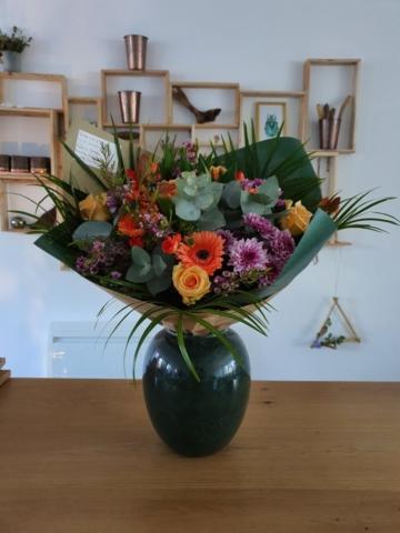 Bouquet de fleurs de saison 50cm