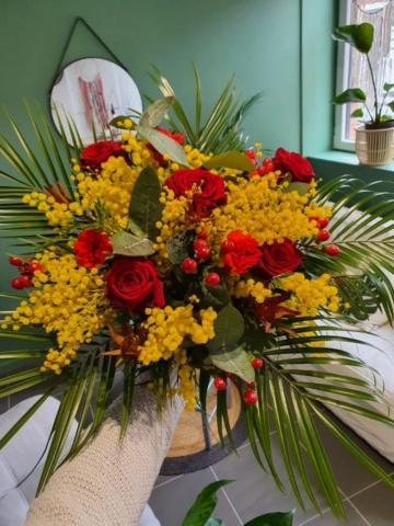 Bouquet de fleurs de saison 60cm